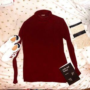 Mossimo turtleneck lightweight sweater.